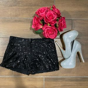 Poof Couture blk Sequin Shorts (Size S) 🌹